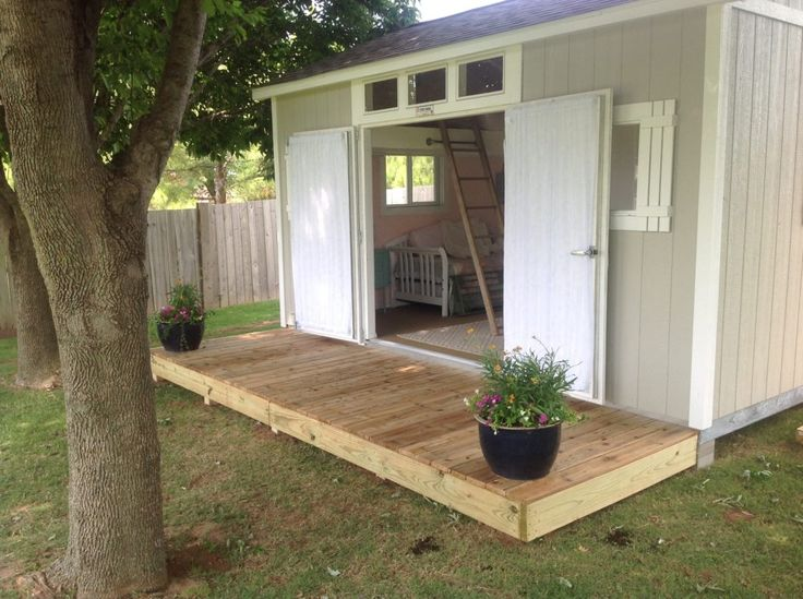 This Is The Perfect Backyard She Shed! Could Be Used For A Reading Room,  Crafting, Or Just Relaxing After A Long Day