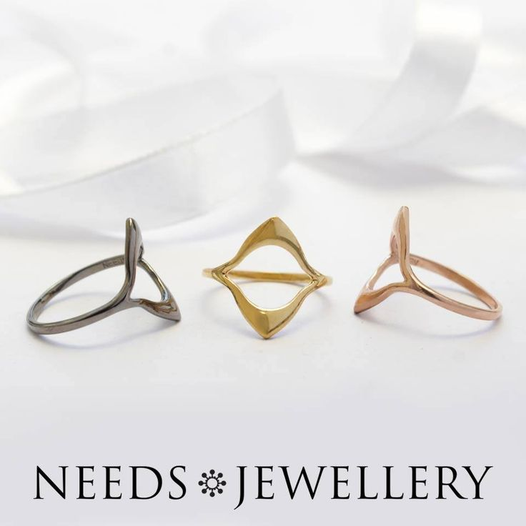FLASH SALE. HALF PRICE this week. It is now you can make a coup on the entire LOTUS series. . #ring #RINGE #ARMBÅND #necklaces #HALSKÆDER #sparkly #darksilver #goldplated #sterling #silver #offer #sale #needs #NEEDSJEWELLERY