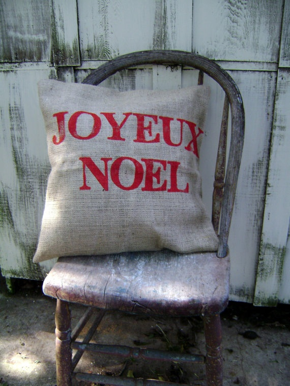 Burlap Christmas pillow in french