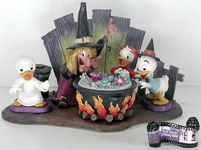 Trick or Treat - Set - Walt Disney Classics Collection - World-Wide-Art.com - $450.00 #WDCC #Disney #Halloween