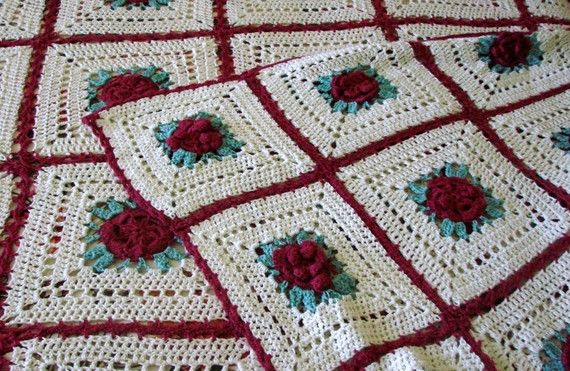 Red Irish Rose Crocheted Bedspread Afghan // King Queen ...