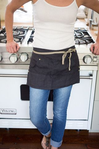 Workers Apron – Bowl & Pitcher