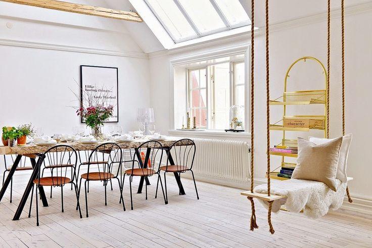 Scandinavian Fancy Windows /Scandinavian Fancy Windows/ Scandinavian Fancy Windows: Scandinavian & Bright Apartment in Malmo.