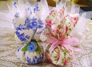Sachê perfumado de tecido. Fonte das imagens: http://nanibinder.blogspot.com/