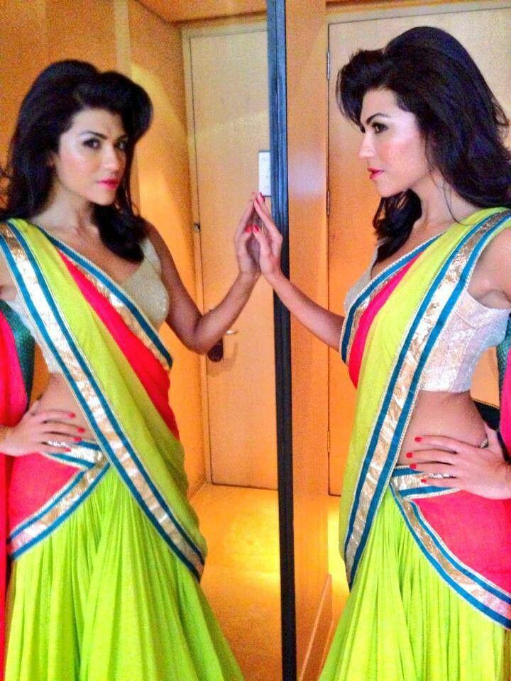 Archana Vijaya - Neon Saree