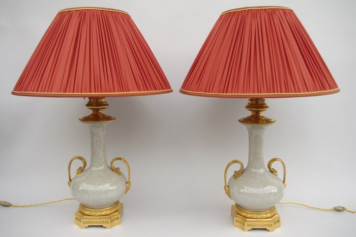 Pair of beige crackled french porcelain lamps from the 19th century - Jean Luc Ferrand Antiquités #antiquites