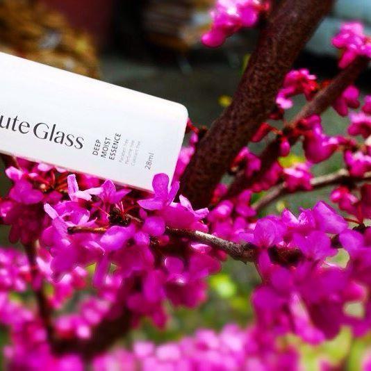#cosme #cosmetics #skincare  #化粧品 #コスメ #madeinjapan #beauty #CG #CuteGlass  #japan  #happy #beauté  #spring #springtime #flowers #flower (T)