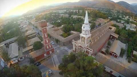 Vista desde las alturas, ciudad de Vicuña, Valle Elqui, IV Región. Chile.