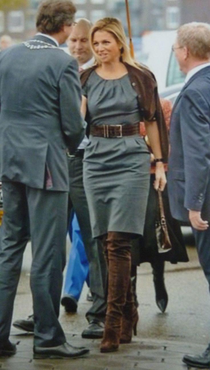 hoge laarzen tot over de knie, Maxima draagt ze met flair