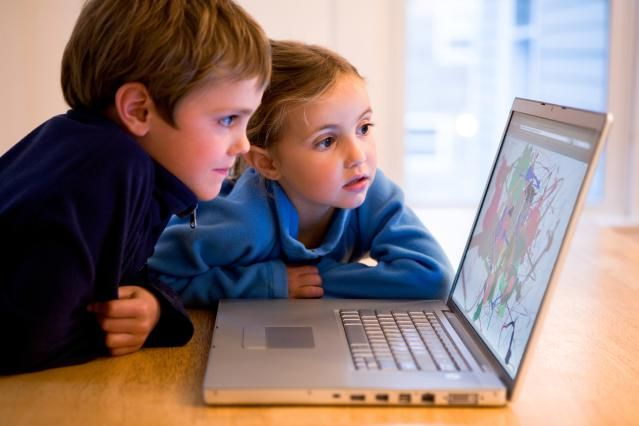 Find out where you should be going to watch free kids movies online. I've got a list of best websites where you can find free family and kids movies.