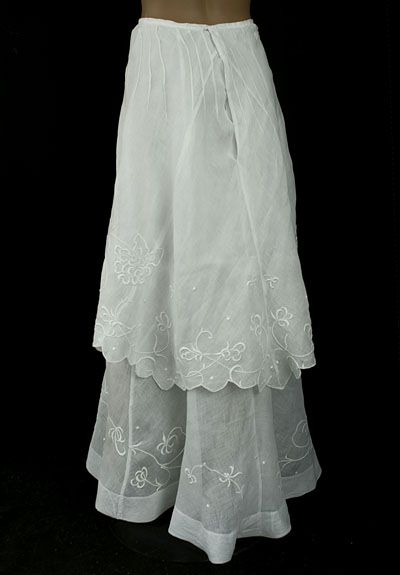 Edwardian clothing at Vintage Textile: #7024 embroidered skirt