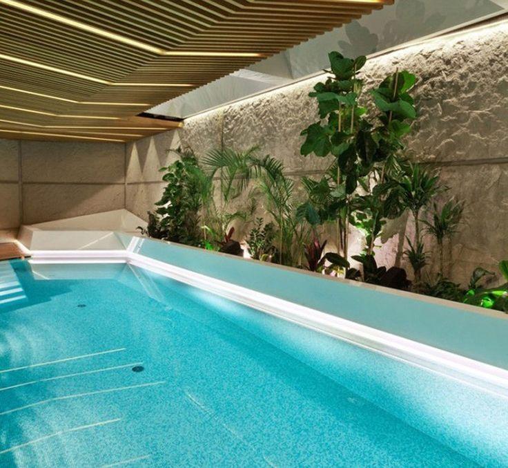 Super Schwimmbad mit viel Grün Extension