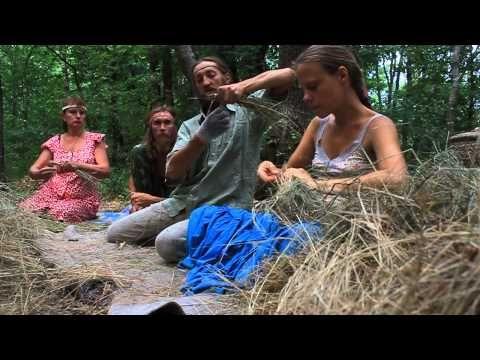 Травоходы - комнатные тапочки из травы / Славянские традиции