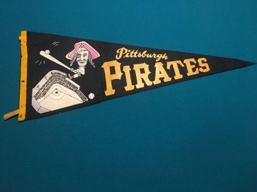 PITTSBURGH-PIRATES-RARE-VINTAGE-1960s-FORBES-FIELD-MLB-BASEBALL-PENNANT