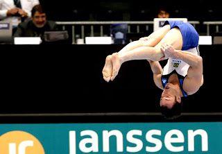 Blog Esportivo do Suíço: Diego Hypolito garante lugar na  final da prova de salto em Cottbus