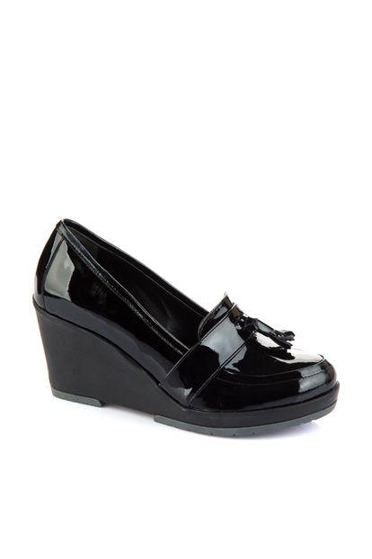 Hakiki Deri Siyah Rugan Kadın Dolgu Topuk Ayakkabı