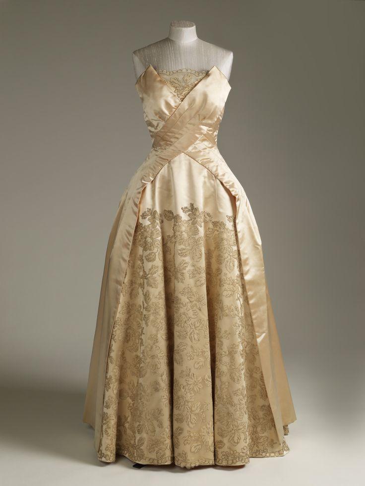 Evening dress, Norman Hartnell, 1955-60
