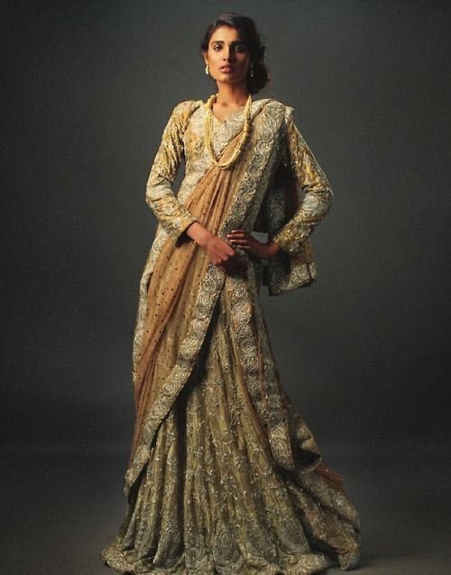 Pakistani model Amna Ilyas wearing Nida Azwer.
