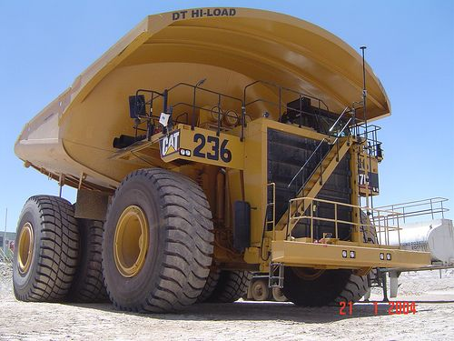 caterpillar 797g haul truck | Caterpillar Truck 797.  Hauled with 777, but never something this big!