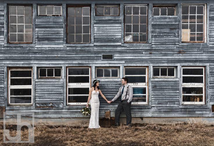 rustic wedding. wedding inspiration. boho wedding. wedding photography. bride and groom