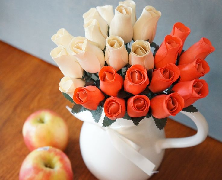 24 Beautiful Realistic Wooden Roses - Artificial Flowers - Peaches and Cream -
