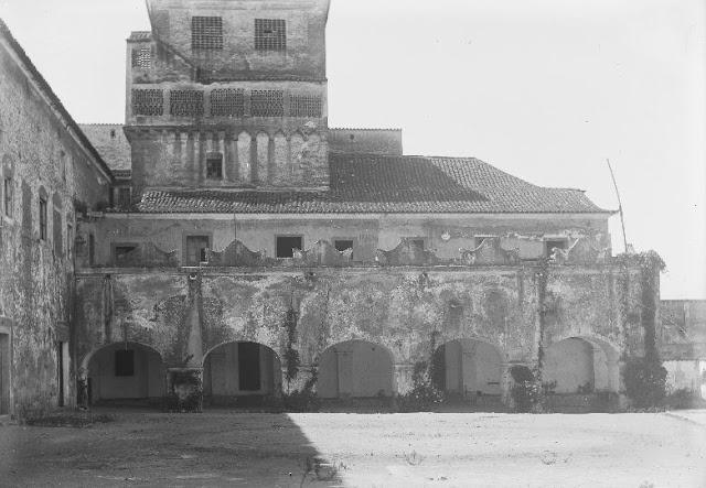 Viver Évora: Évora Perdida no Tempo - Claustro do Convento do Salvador