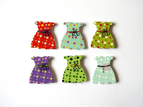 Wood Buttons Pretty Dress 6 pcs by TextileBird on Etsy