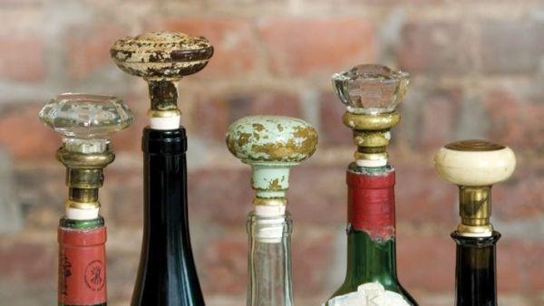 taquets de vin en poignées rondes dans le style vintage