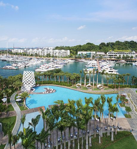 W Singapore Sentosa Cove is set on Sentosa Island and offers accommodation  as well as a Jacuzzi. It also features an outdoor pool, a free shuttle ...