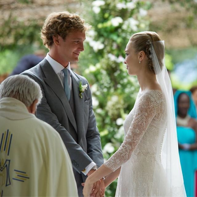 The religious wedding ceremony of Pierre Casiraghi and Beatrice Borromeo was held Aug 1, 2015.  They both have changed once again from the beautiful clothes they wore upon their arrival into their actual wedding clothes. And Beatrice has changed her hair again as well.