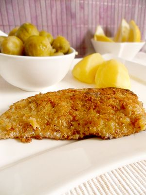 Kalbsschnitzel mit Röstzwiebel-Parmesan-Panade zu Rosenkohl