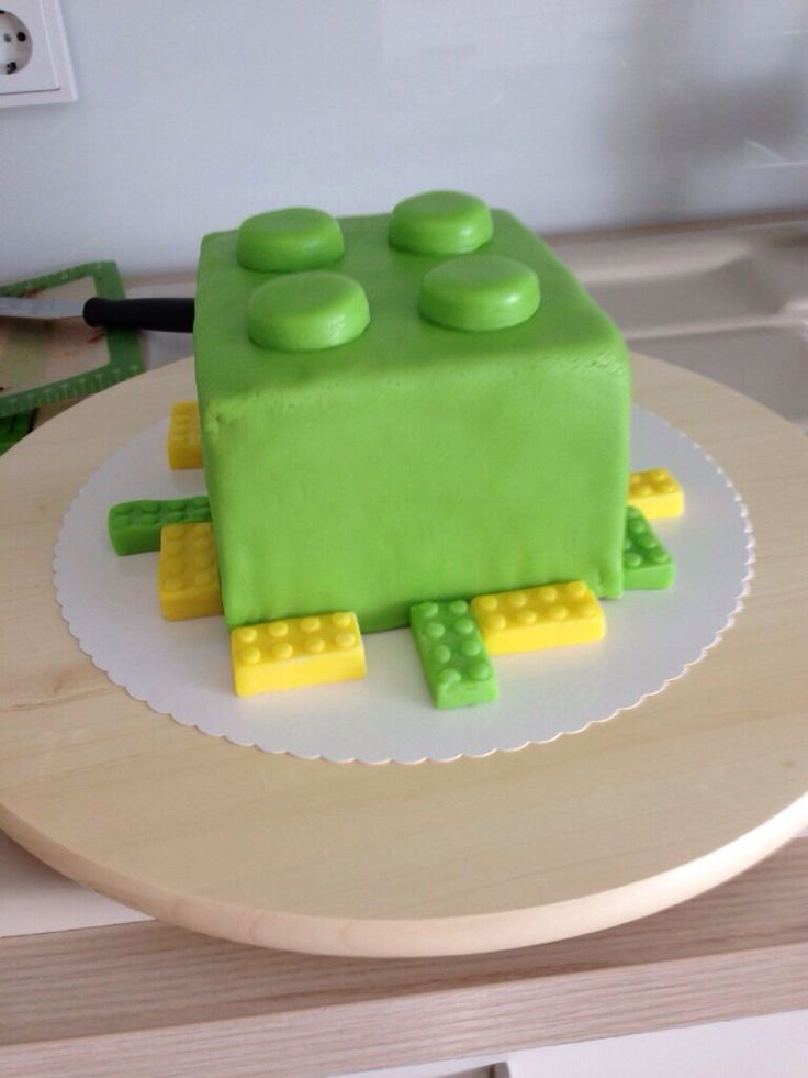 Lego Kuchen mit Fondant