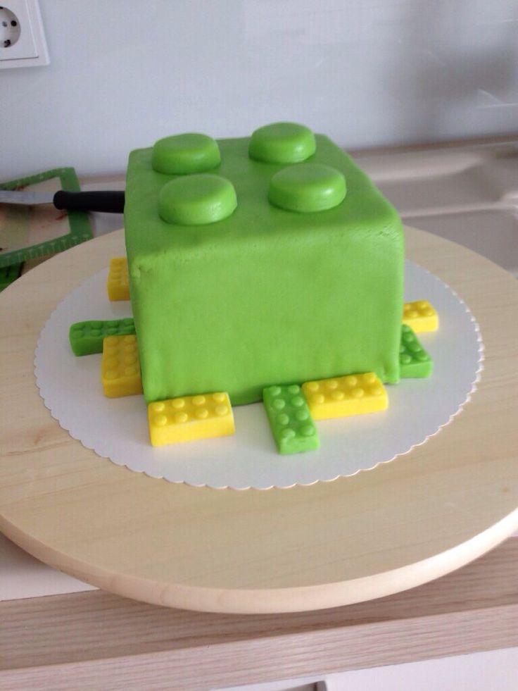 die 25 besten ideen zu lego geburtstagstorten auf pinterest lego torte lego geburtstag und. Black Bedroom Furniture Sets. Home Design Ideas