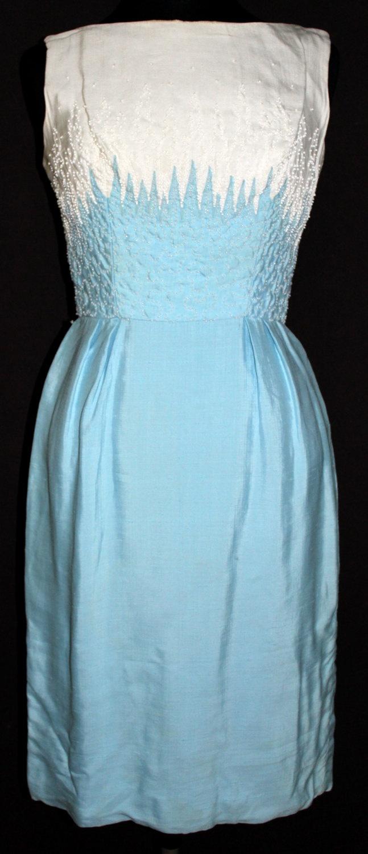 mardi gras new york vintage 1950 39 s blue white beaded wiggle cocktail linen dress vintage. Black Bedroom Furniture Sets. Home Design Ideas