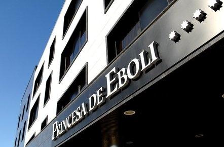 Entrada del hotel Princesa de Eboli en Pinto