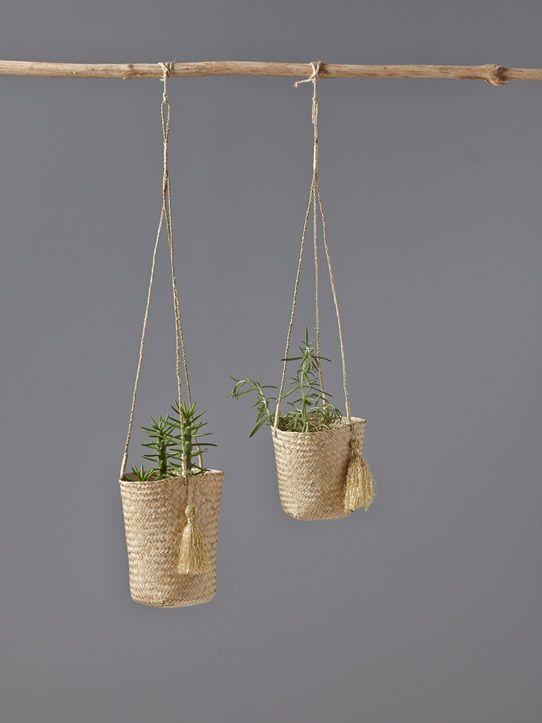 les 25 meilleures id es concernant cache pots pour plantes. Black Bedroom Furniture Sets. Home Design Ideas