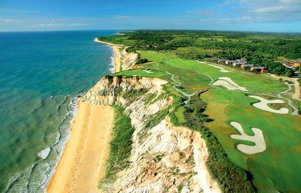 5 campos de golfe que estão entre os mais fantásticos do mundo #golfe #golf #golflovers #holeinone #sugnaturehole #terravistagolf #golfcourse #trancoso #bahia #brazil