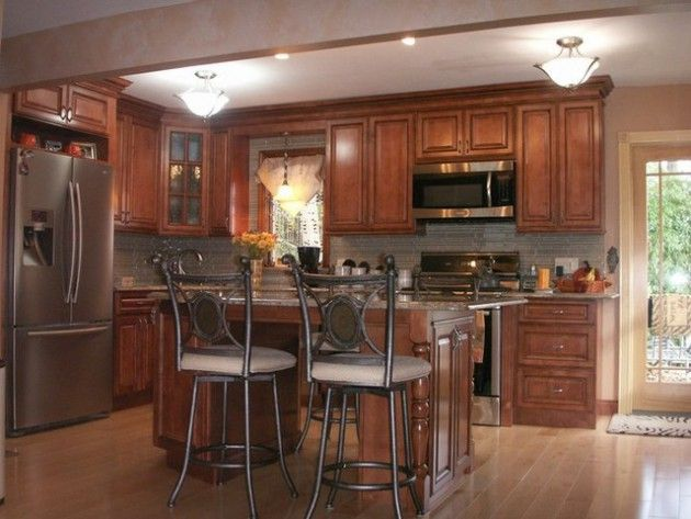 16 schöne braune Küchen im traditionellen Stil Schrank