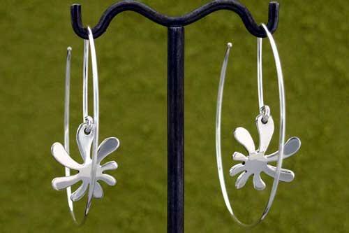 Silver Hoop Urban Flower Earrings *Highly Polished - Hoop Earrings by EmilioSoteloJewelry on Etsy https://www.etsy.com/listing/225932039/silver-hoop-urban-flower-earrings-highly