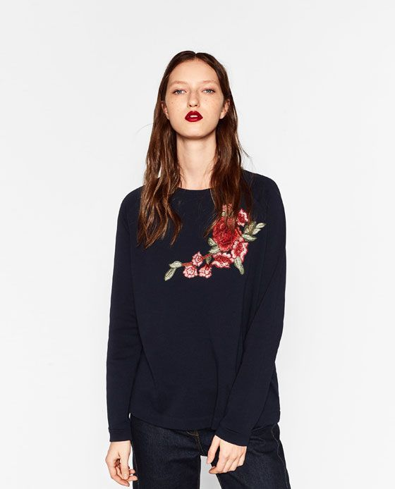 Image 2 of FLORAL EMBROIDERED SWEATSHIRT from Zara