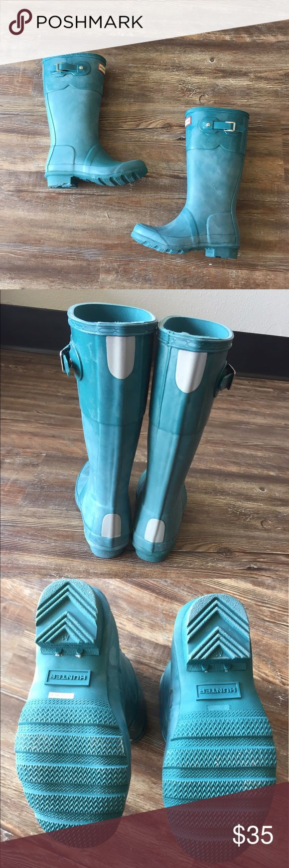 Selling this Kids HUNTER rain boots- Size 2 girls /1 boys on Poshmark! My username is: reinspired. #shopmycloset #poshmark #fashion #shopping #style #forsale #Hunter Boots #Other