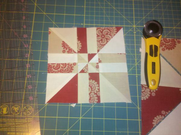 Pinwheel disappearing four patch