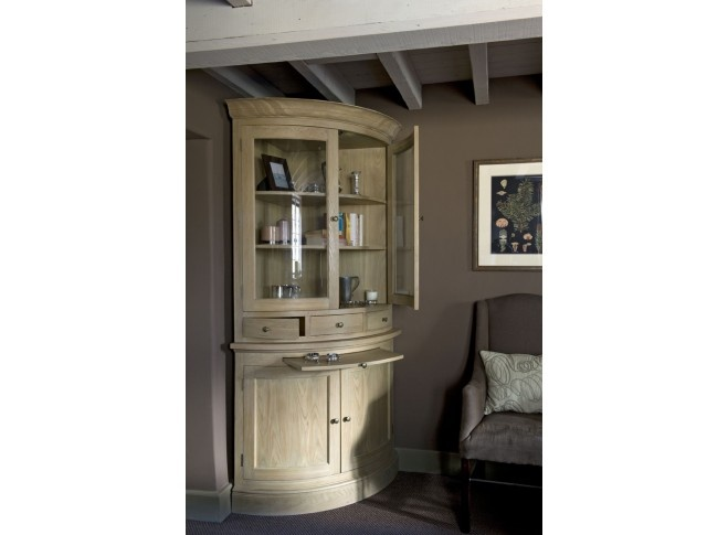 Looking for something special for that empty corner of your room? What about this Henley Curved Glazed Rack Oak Dresser.   Available in different sizes to suit both large or small spaces in the home. Perfect for an alcove or either side of a fire. The larger dresser has 5 drawers for everyday items, spotlights and adjustable oak framed glass shelves.  http://www.globalvillage.ie/index.php/living/bookcases-dressers/henley-curved-glazed-rack-oak-dresser.html