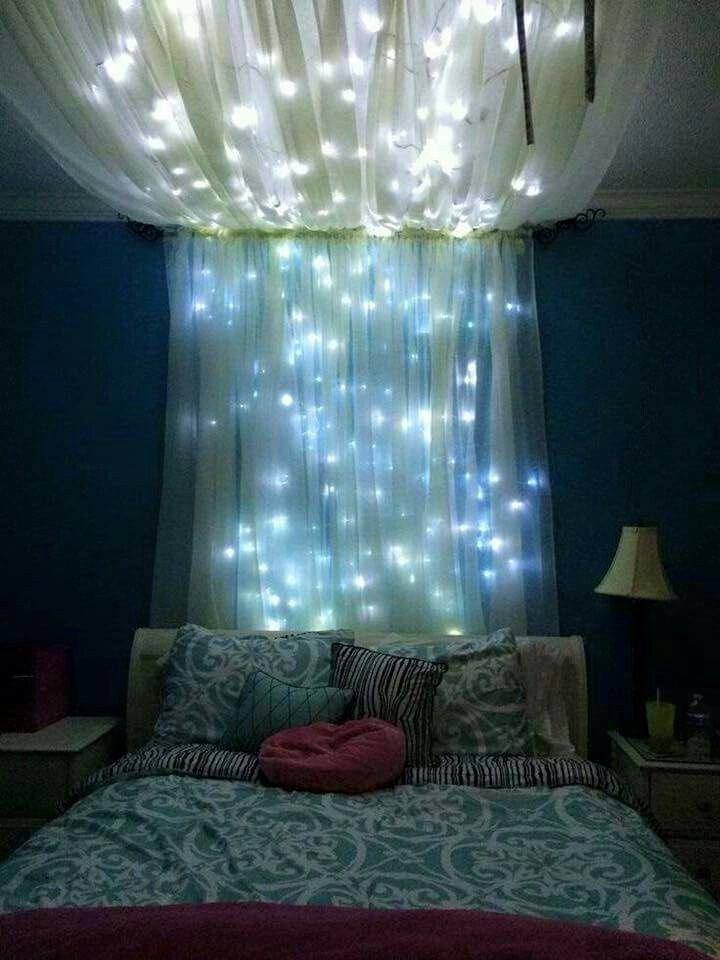 Easy dorm room decoration! I love this