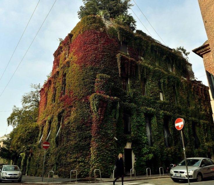 Via Mozart Milano
