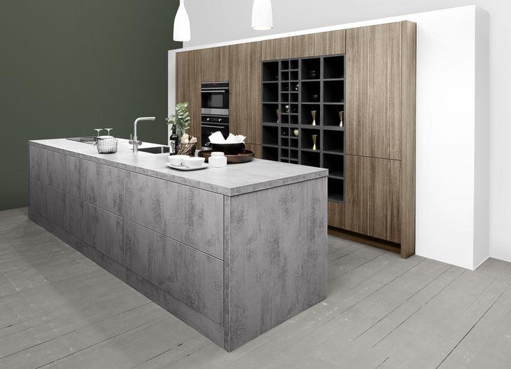Prachtige combinatie betonlook met hout. Meer keukeninspiratie opdoen ga naar www.keukenstudiostoof.nl