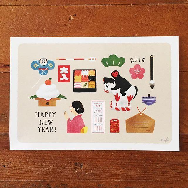 HAPPY NEW YEAR! 明けましておめでとうございます。本年もどうぞよろしくお願いします!今年はたくさんイラストのお仕事ができたらいいなぁと思います。 年賀状送ってよ!と言う方がいらっしゃいましたらDMください☺︎ #年賀状#お正月#happynewyear#illustration#drawing#kagamimochi#鏡もち#初詣#神社#絵馬#おみくじ#お守り#着物#kimono#お年玉#おせち#凧#イラスト#絵#申#猿#民芸