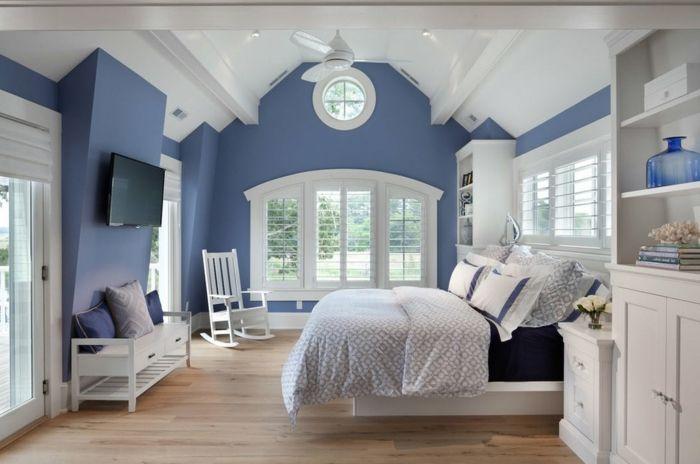 decoracion de paredes, propuesta en azul atenuado y blanco, suelo de - decoracion con madera en paredes