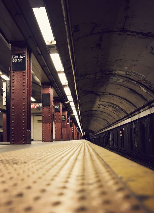 New York Subway... Fantastic shot...