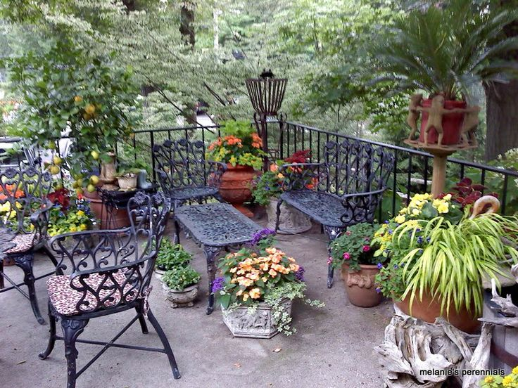 Best 25+ Wrought iron garden furniture ideas on Pinterest ...